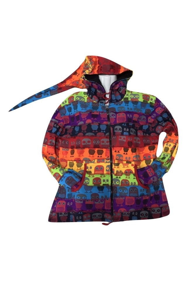 GGT, Hosszú női kabát Nepálból, szivárvány alapon bagoly