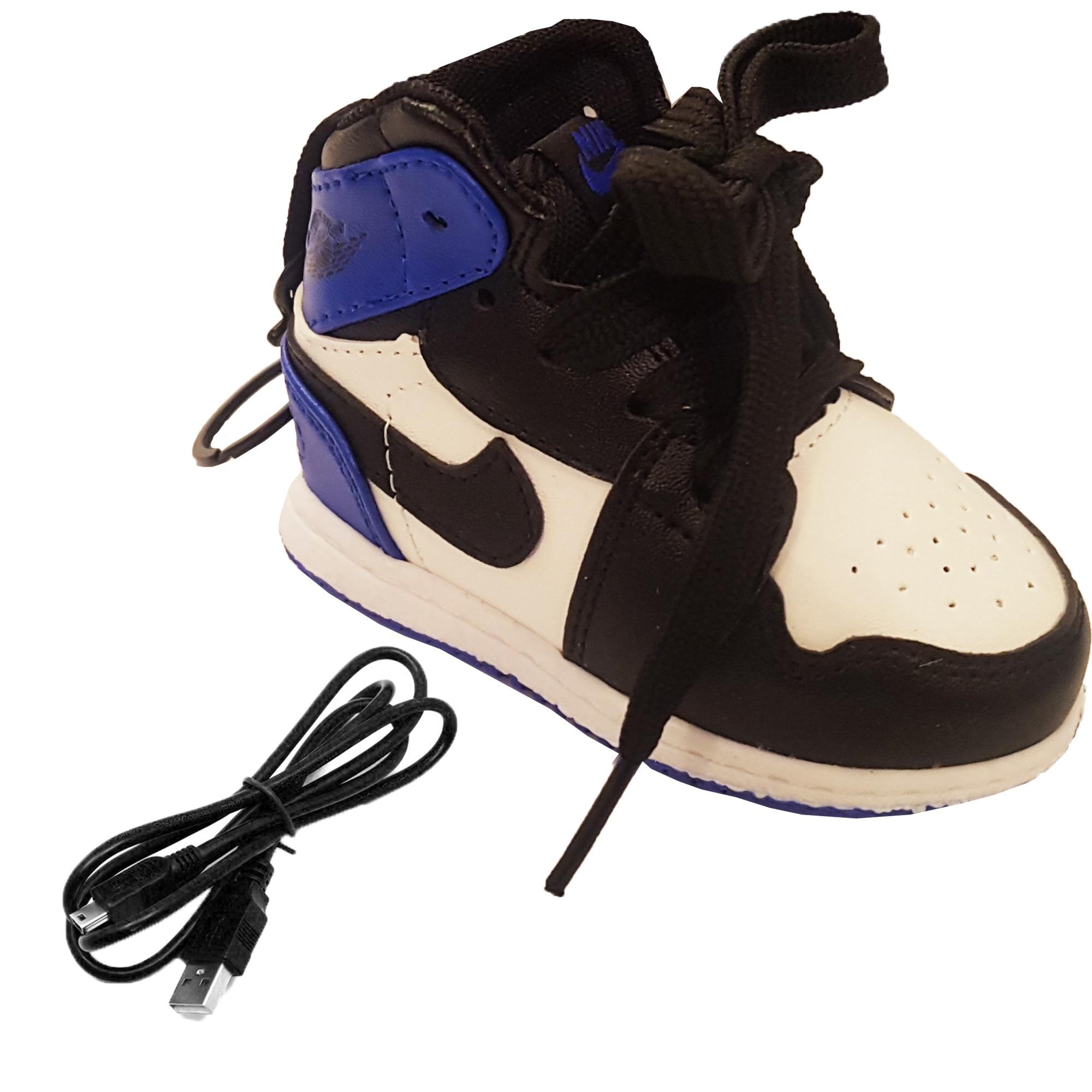 Pickering gelé Havs Anemon  Power bank 8000 mAh Nike shoes tip breloc blue - eMAG.ro