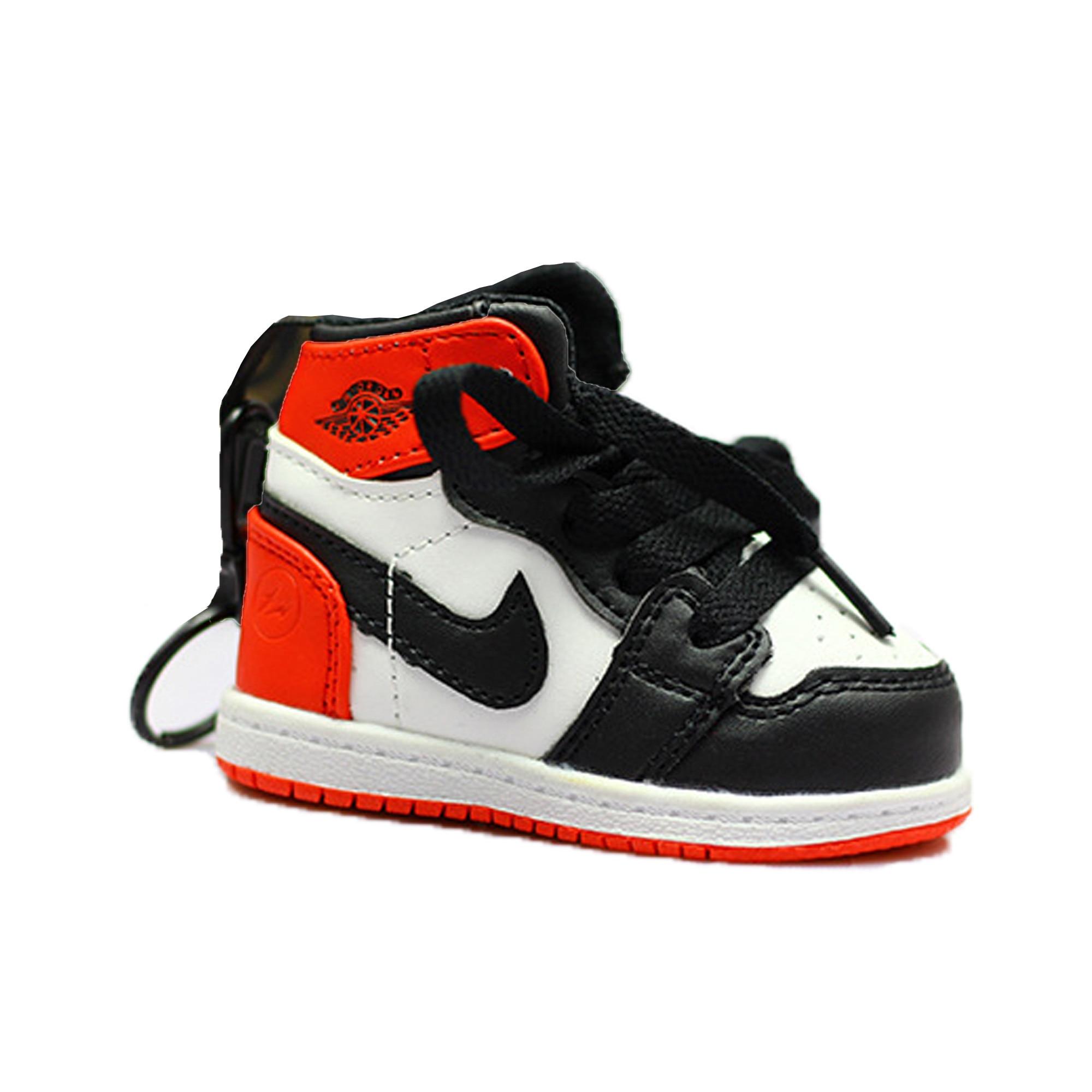 Underhåll Motsätta Tyvärr  Power bank 8000 mAh Nike shoes tip breloc white - eMAG.ro