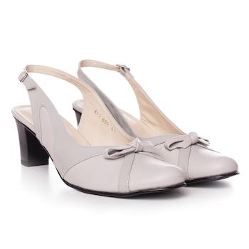 Fehér színű, extra minőségű természetes bőrből készült kivágott orrú női cipő, 38-es méret