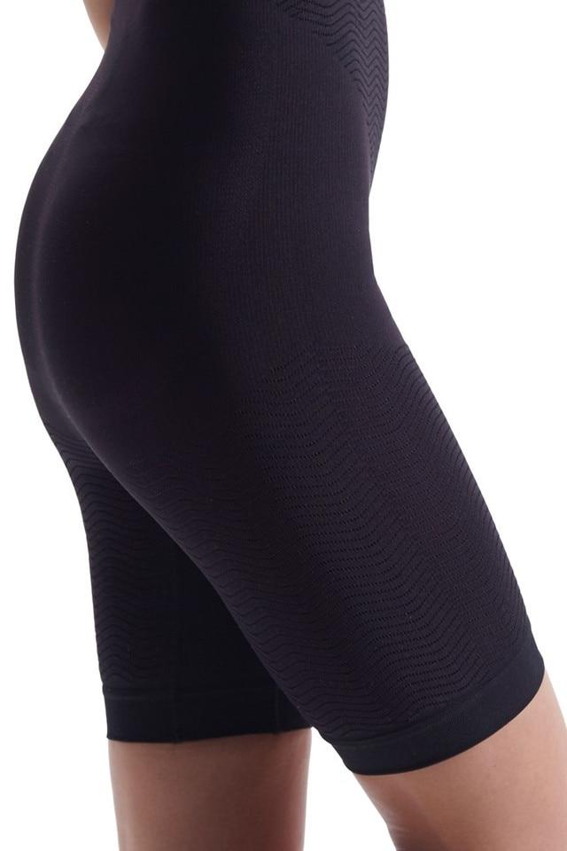 Aceste modele de pantaloni pentru slabit te pot scapa de greutatea excesiva !