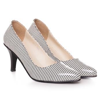 Fekete-fehér színű, extra minőségű természetes bőrből készült stiletto típusú női cipő, 39-es méret