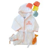 Gyerek fürdőköntös, frottír fürdő köpeny 9 db-os szettben (köntös, vízhőmérő, hajkefe, szivacs játék, mosdókesztyű) - (Narancssárga, fehér, 0/6 hó)