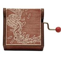 Музикална латерна La Vie En Rose в дървена кутия с ноти. Червена.