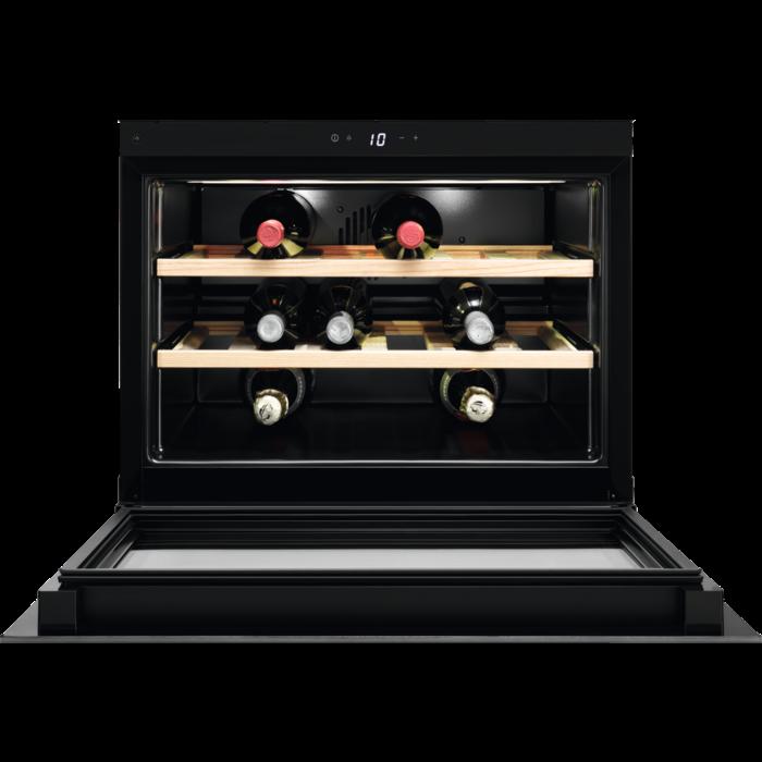 Fotografie Racitor de vinuri incorporabil Electrolux KBW5X, 49 l, Capacitate 18 sticle, Control electronic, Clasa A++, Inox antiamprenta