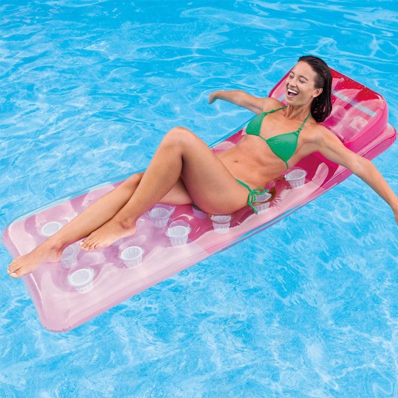 Cauta? i piscina pentru femei