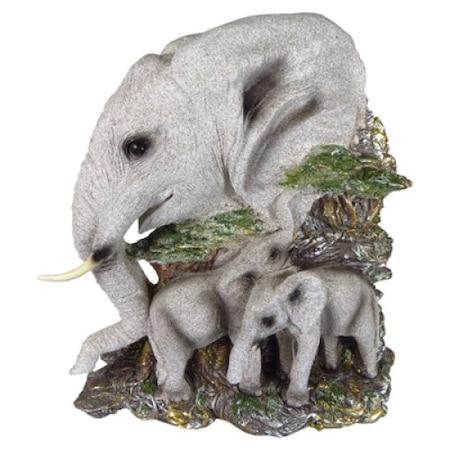 Декоративна фигура на слонове ( пано за закачане на стена )