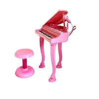 Játék zongora, mikrofonnal