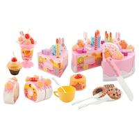 Zenélő szeletelhető rózsaszín torta - 75 elemből álló készlet