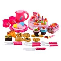 Szeletelhető születésnapi torta - teáskészlettel