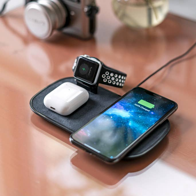 Statie incarcare wireless 3in1 fast charge Mophie pentru Apple iPhone,  AppleWatch si AirPods, negru - eMAG.ro