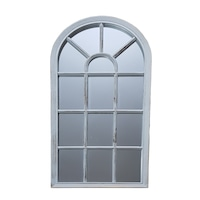 oglinda in forma de fereastra