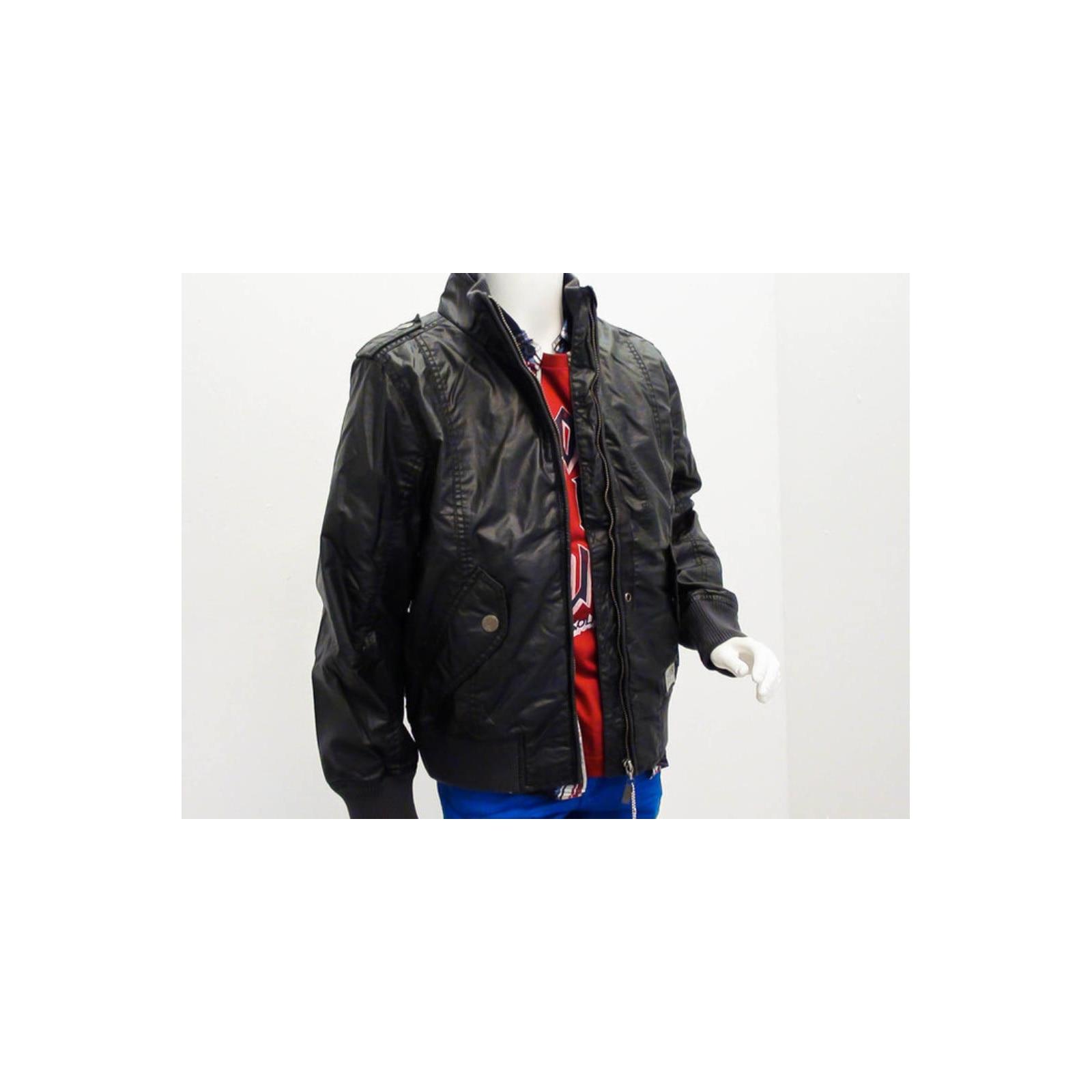 Fekete dzseki (152) Ruhafalva