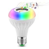 Bluetooth-os RGB LED lámpa, hangszóróval, távirányítóval