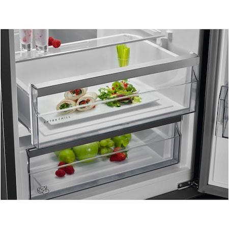 Хладилник с фризер AEG RCB736E5MX, 360 л, NoFrost, Display, Клас A++, В 201 см, Inox