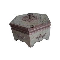 Kézzel készitett hatszögletű márványázott fedeles diszdoboz