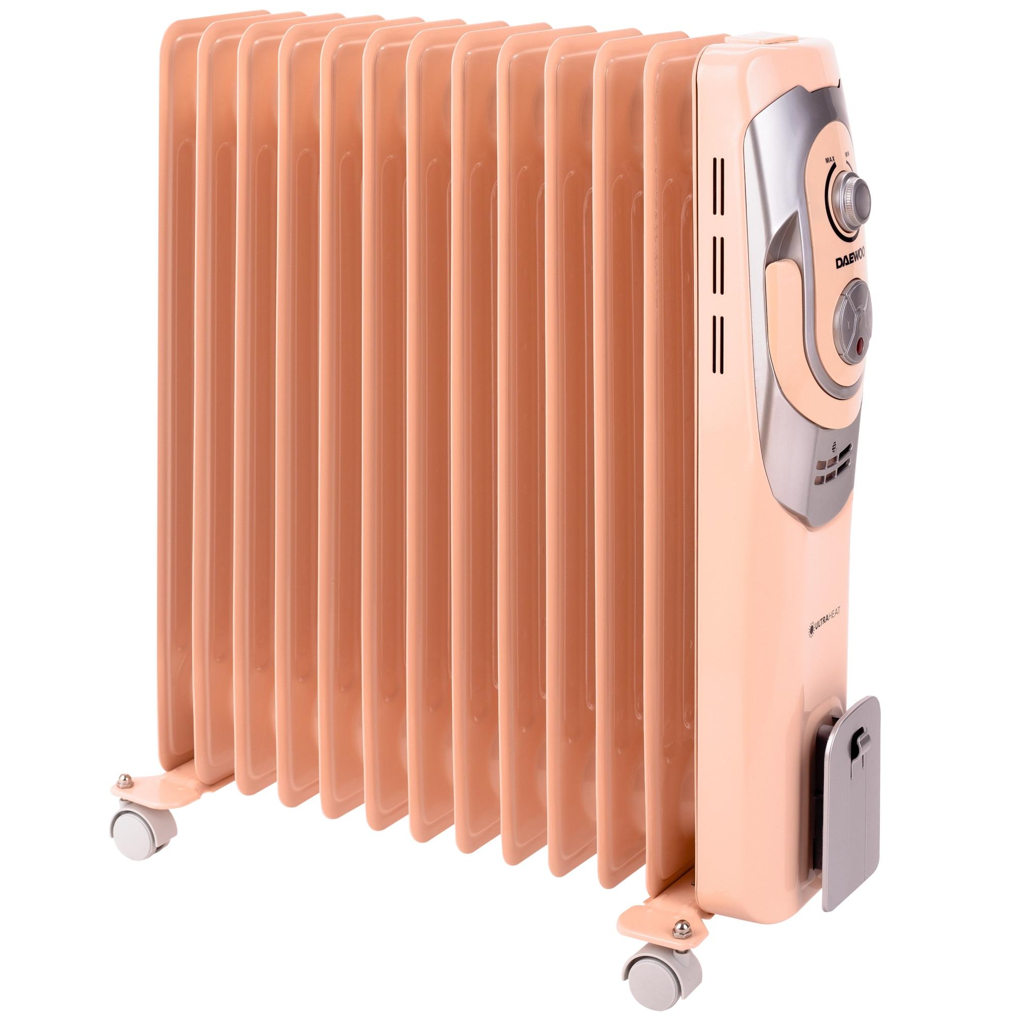 Fotografie Calorifer electric cu ulei Daewoo, 2500 W, 13 Elementi, 5 Canale de ulei, 3 Nivele de putere, Termostat reglabil, Protectie supraincalzire, Indicator luminos, Crem