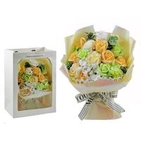 BoxEnjoy - Szappanrózsa virágcsokor dísztasakban krémszínű