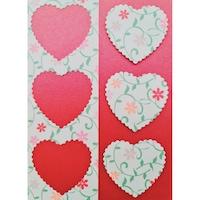 Картичка със сърца с цветя червена