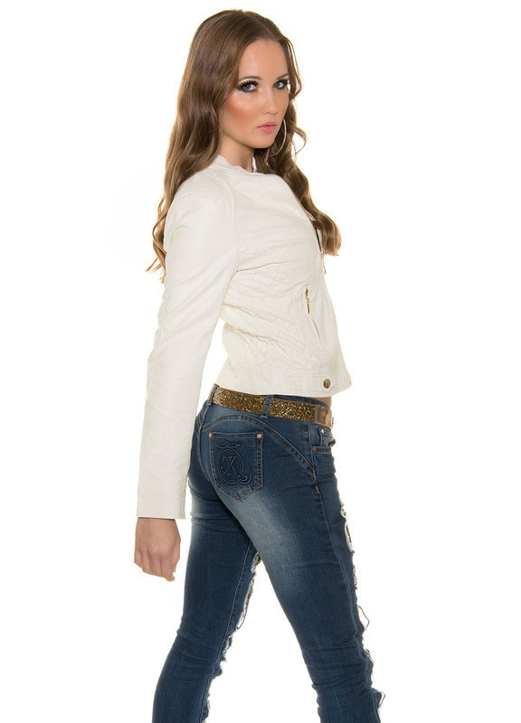 Dzseki divatos, steppelt, ferde cipzáras, rövid fehér S